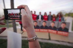 Municipals 2015: Inici de la campanya electoral a Sabadell L'equip del PSC esperant per una foto.