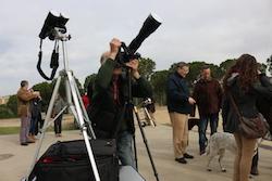 L'eclipsi de sol des de Sabadell Primàtics, càmeres i telescopis per veure l'eclipsi. Albert Segura.