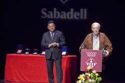 Medalles d'Honor de la ciutat de Sabadell 2015 Francisco Morales oferint el seu parlament.
