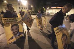 Les imatges més curioses de la campanya electoral a Sabadell 2015  Julis. Foto: Juanma Peláez.
