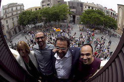 Ple de constitució de l'Ajuntament de Sabadell Des del balcó.