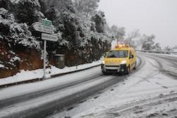 Una nevada històrica La carretera de la Rabassada tallada. Norma Vidal.