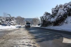 Una nevada històrica La carretera C-58, amb neu a banda i banda. Norma Vidal.
