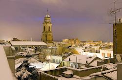Una nevada històrica L'església de la Puríssima Concepció després de la nevada. Isabel Marquès.