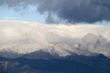Paisatge i meteorologia de novembre al Ripollès El Pirineu del Ripollès nevat, des d'Osona (11 de novembre). Foto: Josep Maria Costa