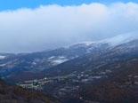 Paisatge i meteorologia de novembre al Ripollès Enfarinada a la Vall del Rigard, des de Sant Antoni (15 de novembre). Foto: Antonina Coromina