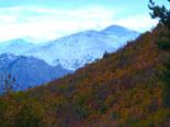 Paisatge i meteorologia de novembre al Ripollès Paisatges de tardor i neu, des de Bruguera (16 de novembre). Foto: Antonina Coromina