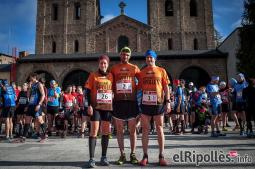 El resum del 2014 al Ripollès, en imatges Els líders del Campionat de Curses de Muntanya del Ripollès, a davant de Monestir. Foto: Rastres Fotografia