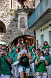 El resum del 2014 al Ripollès, en imatges Cercavila gegantera de la Festa Major de Sant Patllari. Foto: Adrià Costa