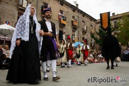 El resum del 2014 al Ripollès, en imatges Campdevànol estrena la Gala com a Element Festiu d'Interès Nacional. Foto: Arnau Urgell