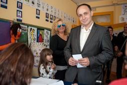 Municipals 2015: candidats del Baix Ripollès i ambient matinal Lluís López (MES Campdevànol). Foto: Rastres Fotografia
