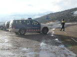 Detenció de suposats membres d'ETA al Ripollès Control policíac a coll d'Ares