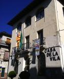 Diada Nacional: estelades al Ripollès Ajuntament de Campdevànol.Foto: Arnau Birba
