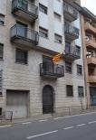 Diada Nacional: estelades al Ripollès Antiga caserna de la Guàrdia Civil de Sant Joan. Foto: Els Fills de la Terra