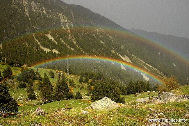 Ripollès: paisatge i meteorologia (juny-juliol 2011) | Galeria de ...
