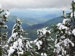 Neu, pluja i calamarsa 15-18 de maig Neu a la vall del Rigard. (18 de maig). Foto: Daniel Julià