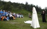 L'any 2010 en 100 imatges Representació del Comte Arnau a Coll d'Ares en la rebuda de la Flama del Canigó. Foto: Adrià Costa