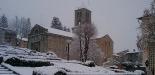 L'any 2010 en 100 imatges El Monestir de Camprodon ben blanc en la primera nevada de la temporada. Foto: Daniel Rodríguez