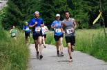 I Cursa de les Quatre Ermites de Ripoll Un grup de corredors a punt d'arribar a la zona dels Mossos. Foto: Arnau Urgell