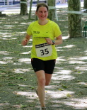 I Cursa de les Quatre Ermites de Ripoll Lourdes Solano arribant a la meta del passeig Ragull. Foto: Arnau Urgell