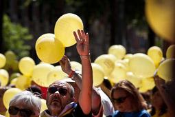 Estelada humana a Girona