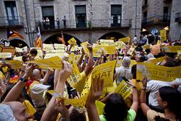 Girona clama contra la suspensió del 9-N
