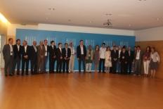 Primer Fòrum Impulsa Foto de família dels prínceps amb els guanyadors dels premis Impulsa i els patrons de la fundació.