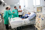 Resum de l'any 2016 a la Garrotxa <p>El conseller de Salut visita l'Hospital d'Olotper veure el nou servei d'hemodiàlisi.</p>