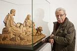 Mostra de Pessebres d'Olot i Biennal del Pessebre Català La Mostra de Pessebres ret homenatge a l'escultor olotí Joan Ferrés.