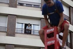 Concurs d'apilar caixes per la Festa Major de Terrassa