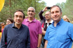 Pi de les Tres Branques 2014 El secretari d'Organització de CDC, Josep Rull; l'alcalde de Berga, Juli Gendrau; l'alcalde de Gironella, David Font, i un dels candidats a l'alcaldia de Berga Antoni Biarnés
