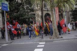 Les fotografies del 9-N Quarantena de neonazis davant la Delegació del govern a Barcelona. Foto Jordi Borràs