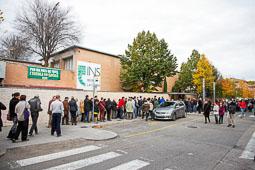 Les fotografies del 9-N Cues per votar a Olot. Foto: Martí Albesa