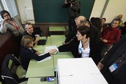 Les fotografies del 9-N Observadors internacionals a Girona. Foto: Carles Palacio