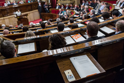 El Parlament de Catalunya aprova iniciar el procés de ruptura amb Espanya