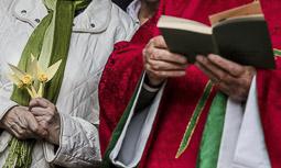Les millors fotos de la setmana de Nació Digital </br> (especial Setmana Santa) Diumenge de Rams al Santuari de Rocaprevera de Torelló. </br> Foto: Adrià Costa