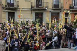 Les millors fotos de la setmana de Nació Digital </br> (especial Setmana Santa) Diumenge de Rams a la Catedral de Vic. </br> Foto: Josep M. Costa