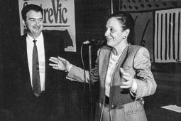 El vell àlbum d'imatges dels temps feliços de Convergència i Unió Marta Ferrusola, esposa del president Jordi Pujol, en un sopar de comerciants.