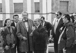 El vell àlbum d'imatges dels temps feliços de Convergència i Unió El doctor Josep Laporte (1922-2005), conseller de Sanitat. .