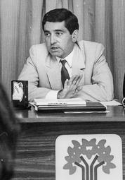El vell àlbum d'imatges dels temps feliços de Convergència i Unió Josep López de Lerma, diputat per Girona.