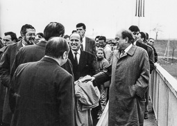 El vell àlbum d'imatges dels temps feliços de Convergència i Unió Un dia d'inauguracions de Jordi Pujol.
