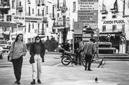 El vell àlbum d'imatges dels temps feliços de Convergència i Unió Primers cartells d'ERC per la independència, al costat dels de Jordi Pujol, el 1992.