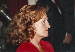 El vell àlbum d'imatges dels temps feliços de Convergència i Unió Maria Eugènia Cuenca, consellera de Governació.