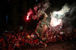 Les millors fotos de la setmana de Nació Digital   Festes del Carme a Olot. </br> Foto: Martí Albesa