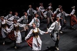 Les millors fotos de la setmana de Nació Digital   El teatre L'Atlàntida de Vic acull per quart any consecutiu el Festival Internacional de Música de Cantonigròs.</br> Foto: José M. Gutiérrez