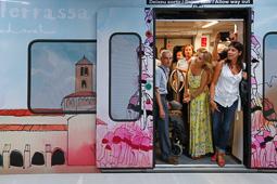 Les millors fotos de la setmana de Nació Digital   Terrassa inaugura el perllongament de la línia d'FGC després de dotze anys d'obres. </br> Foto: Cristóbal Castro
