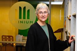 Muriel Casals, tota una vida de lluita 20/02010. Muriel Casals després de ser escollida presidenta d'Ómnium. Foto Anaïs Gordills.