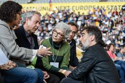 Muriel Casals, tota una vida de lluita 12/04/2015. Muriel Casals, amb Marta Rovira, Jordi Cuixart i Josep Rull durant l'assemblea ordinària de l'ANC celebrada a Lleida. Foto: Adrià Costa.