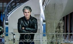 Les millors fotos de la setmana de Nació Digital <a href='http://www.naciodigital.cat/noticia/103109/pep/puig/gran/literatura/no/sempre/compatible/amb/gran/public'>Pep Puig: «La gran literatura no sempre és compatible amb un gran públic»</a>. </br> Foto: Adrià Costa