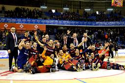 Les millors fotos de la setmana de Nació Digital <a href='http://www.naciodigital.cat/delcamp/esportsdelcamp/grans/temes/905/copa/rei/hoquei/reus/2016'>El FC Barcelona es proclama campió de la Copa del Rei d'Hoquei</a>. </br> Foto: Arnau Borràs